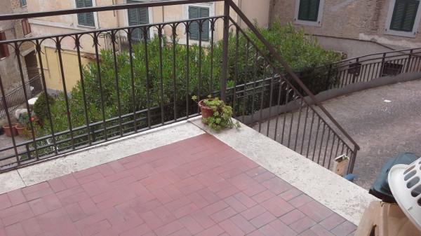Bilocale Fabrica di Roma Via Dell'asilo 2