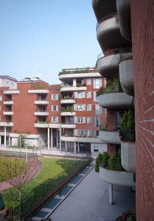 Bilocale Milano Via Olgettina 2