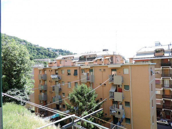 Bilocale Genova Via Paolo Della Cella 9