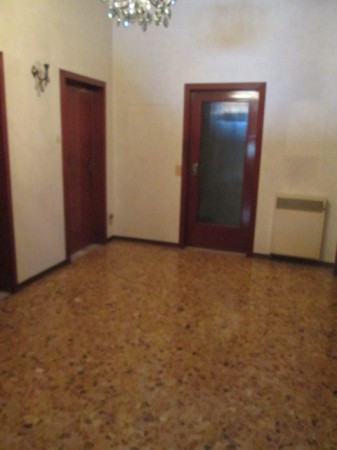 Appartamento in Vendita a Correggio Periferia: 5 locali, 130 mq
