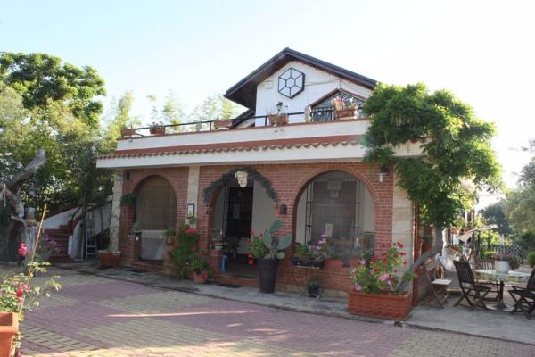 Villa in vendita a Partinico, 6 locali, prezzo € 220.000 | CambioCasa.it