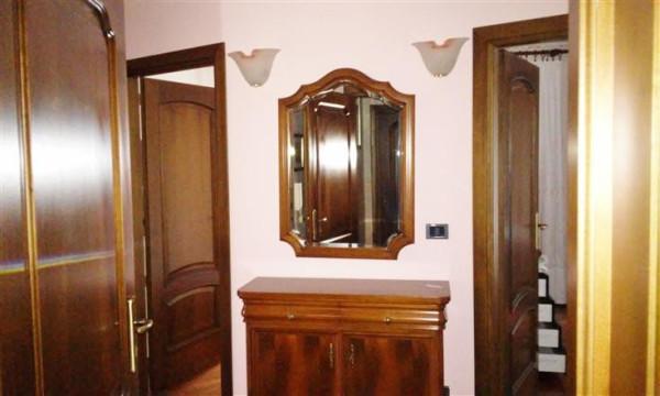 Appartamento in Affitto a Borgo San Dalmazzo Centro: 4 locali, 100 mq