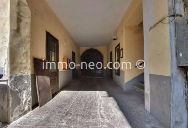 Bilocale Torino Via Mercanti 12