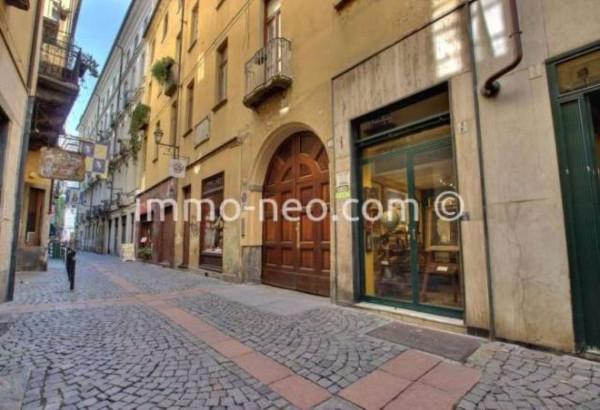 Bilocale Torino Via Mercanti 9
