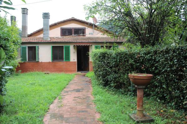 Villa in vendita a Pistoia, 5 locali, prezzo € 380.000 | Cambio Casa.it