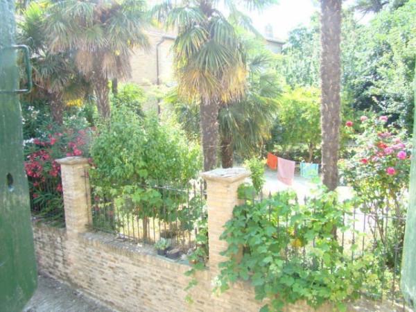 Appartamento in vendita a Montelupone, 9999 locali, prezzo € 150.000 | Cambio Casa.it