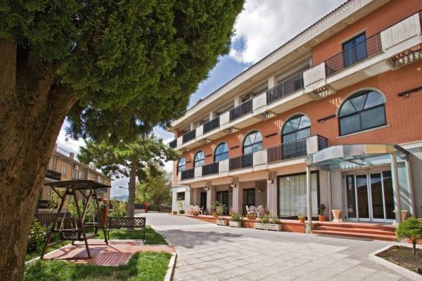 attivita alberghiera albergo Vendita Motta Montecorvino