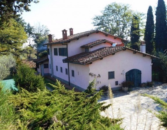Soluzione Indipendente in vendita a Montecarlo, 6 locali, prezzo € 250.000 | Cambio Casa.it