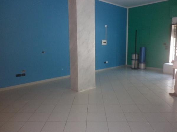 Negozio / Locale in affitto a Baronissi, 1 locali, prezzo € 600 | Cambio Casa.it