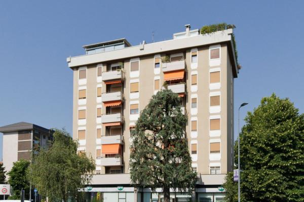 Bilocale Milano Via Capo Palinuro 2