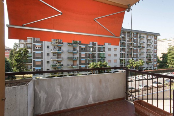 Bilocale Milano Via Capo Palinuro 5
