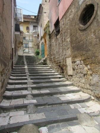 Bilocale Maddaloni Via Ponte Carolino 3