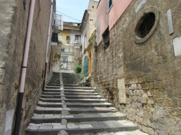 Bilocale Maddaloni Via Ponte Carolino 4