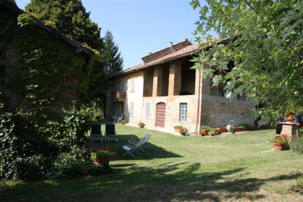Rustico / Casale in vendita a Calamandrana, 6 locali, Trattative riservate | Cambio Casa.it