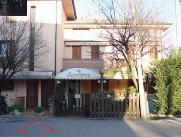 Bilocale Padova Via Altichieri Da Zevio 3