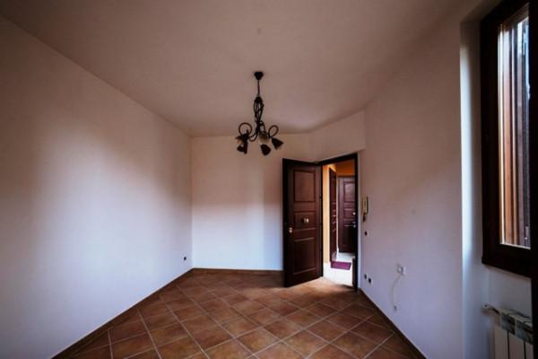 Bilocale Marino Via Paolo Mercuri 8