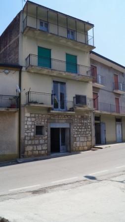 Soluzione Indipendente in vendita a Alvignano, 6 locali, prezzo € 98.000 | Cambio Casa.it