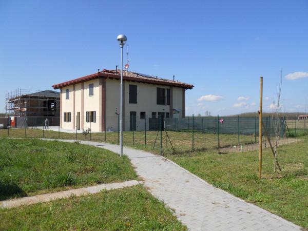 Villa in vendita a Anzola dell'Emilia, 5 locali, prezzo € 180.000 | Cambio Casa.it