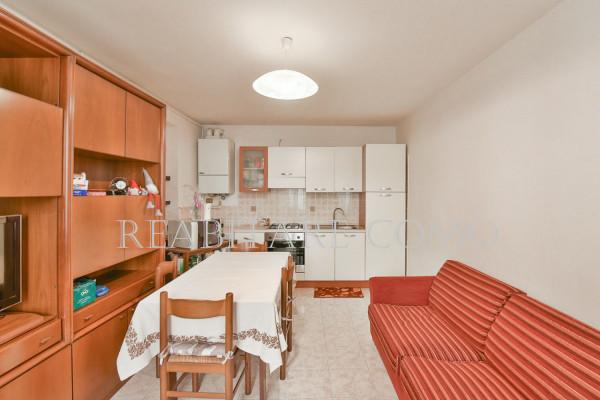Bilocale Albavilla Via Saruggia 3