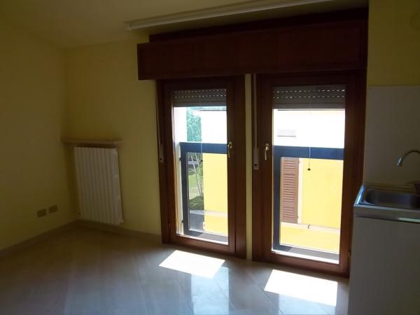 Appartamento in affitto a Cremona, 2 locali, prezzo € 360 | Cambio Casa.it