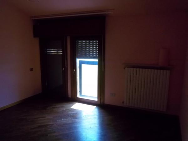 Bilocale Cremona Via Loreto 4