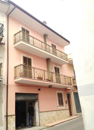 Appartamento in vendita a Roccasecca dei Volsci, 4 locali, prezzo € 95.000 | Cambio Casa.it
