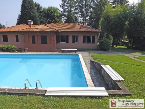 Appartamento in vendita a Ranco, 3 locali, prezzo € 220.000 | Cambio Casa.it