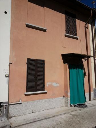 Soluzione Indipendente in vendita a Pavia, 2 locali, prezzo € 80.000 | Cambio Casa.it