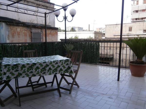 Appartamento in Vendita a Napoli Centro: 2 locali, 70 mq