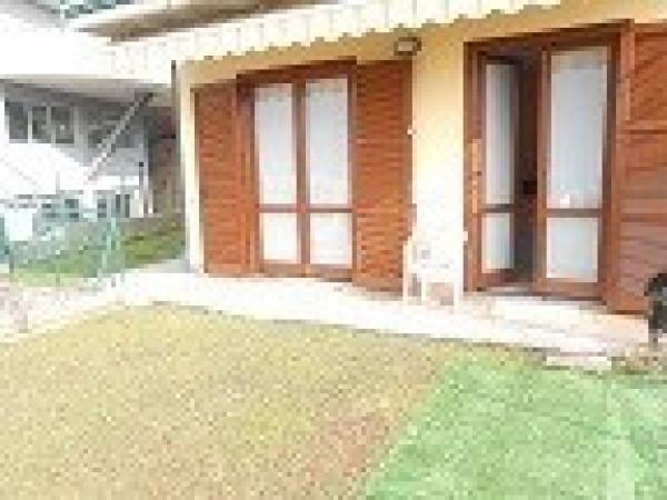 Appartamento in vendita a Cene, 3 locali, prezzo € 159.000   Cambio Casa.it
