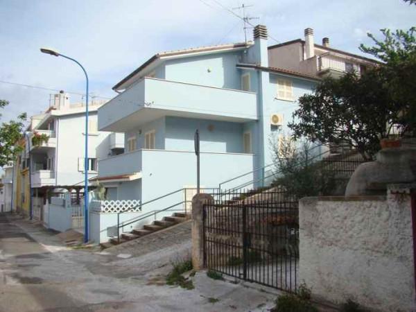 Soluzione Indipendente in vendita a Dorgali, 6 locali, prezzo € 110.000 | Cambio Casa.it