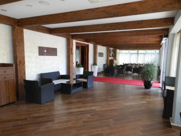 Ristorante / Pizzeria / Trattoria in affitto a Riardo, 3 locali, Trattative riservate | Cambio Casa.it