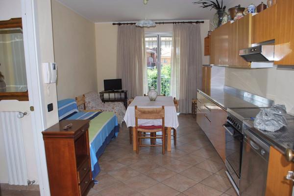 Appartamento in vendita a Alba, 2 locali, prezzo € 138.000 | Cambio Casa.it