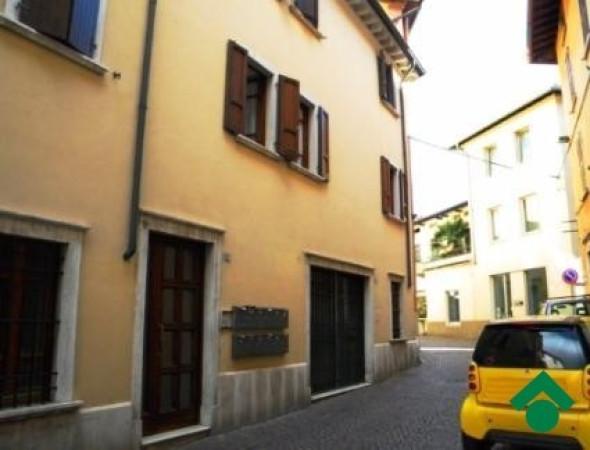 Bilocale Toscolano Maderno Via Trento 3
