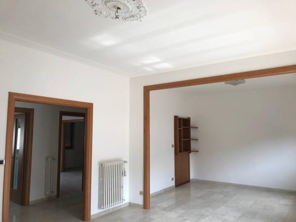 Appartamento in affitto a Livorno, 4 locali, prezzo € 830 | CambioCasa.it