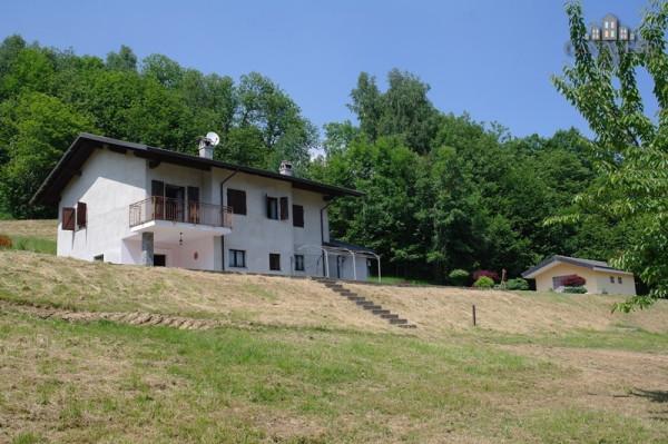 Casa indipendente in Vendita a Rueglio Periferia: 5 locali, 160 mq