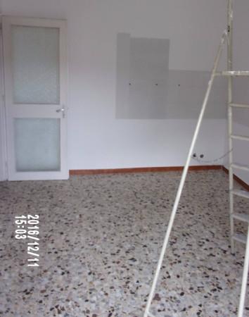 Bilocale Venaria Reale Via Cesare Battisti 10