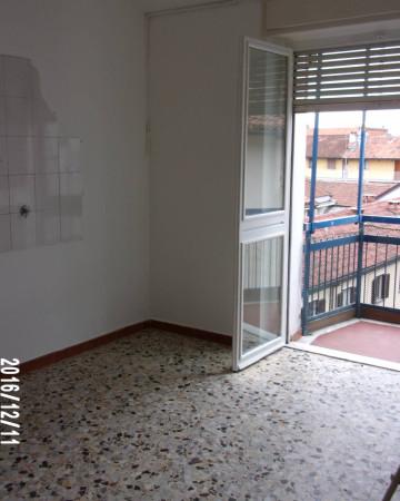Bilocale Venaria Reale Via Cesare Battisti 12