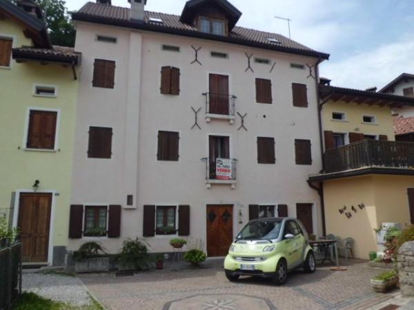 Palazzo / Stabile in vendita a Chies d'Alpago, 9999 locali, Trattative riservate | Cambio Casa.it