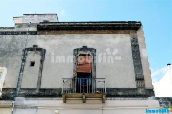 Appartamento in vendita a Oria, 4 locali, prezzo € 55.000 | Cambio Casa.it