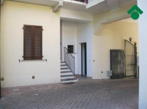 Bilocale Seveso Via Alessandro Volta, 10 1