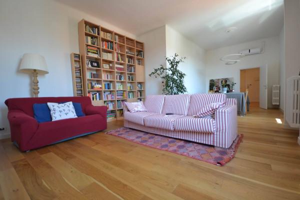 Appartamento in Vendita a San Giovanni In Persiceto Centro: 5 locali, 178 mq