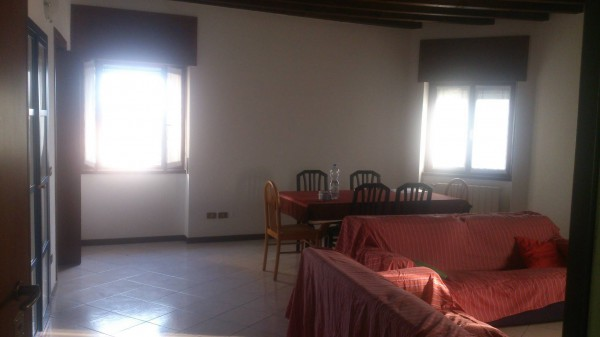 Appartamento in affitto a Capriate San Gervasio, 2 locali, prezzo € 400 | Cambio Casa.it