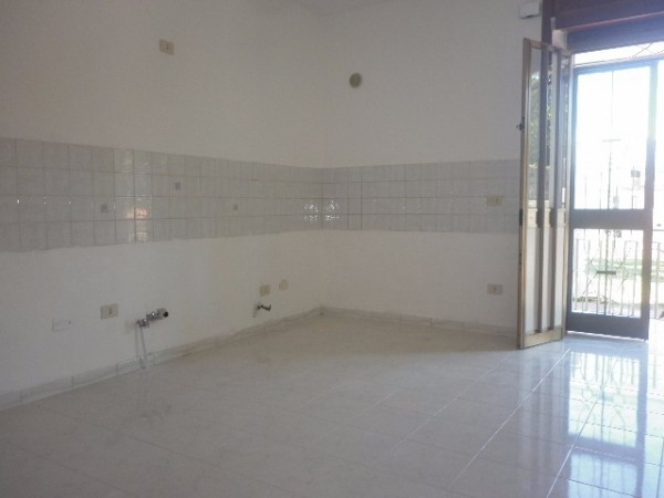 Appartamento in vendita a Mercato San Severino, 4 locali, prezzo € 140.000   Cambio Casa.it