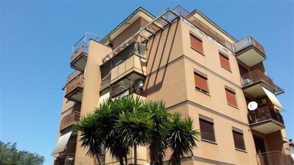 Appartamento in vendita a Roma, 4 locali, zona Zona: 28 . Torrevecchia - Pineta Sacchetti - Ottavia, prezzo € 160.000 | Cambio Casa.it