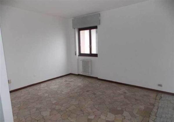 Bilocale Cinisello Balsamo Appartamento In Vendita Via Garibaldi, Cinisello Balsamo 2
