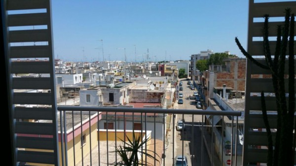 Appartamento in vendita a Noicàttaro, 3 locali, prezzo € 150.000 | Cambio Casa.it