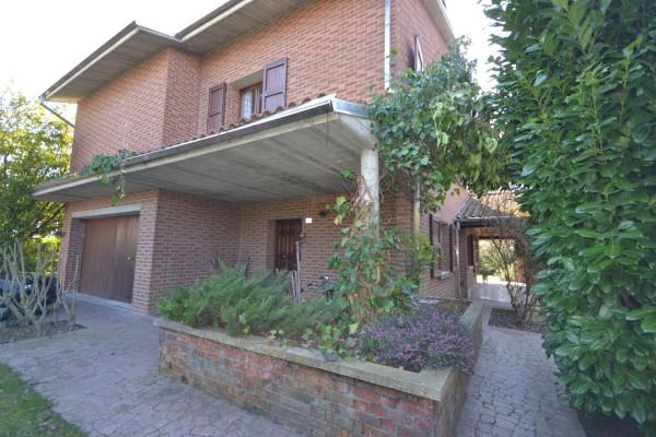 Villa in Vendita a San Giovanni In Persiceto Centro: 5 locali, 300 mq