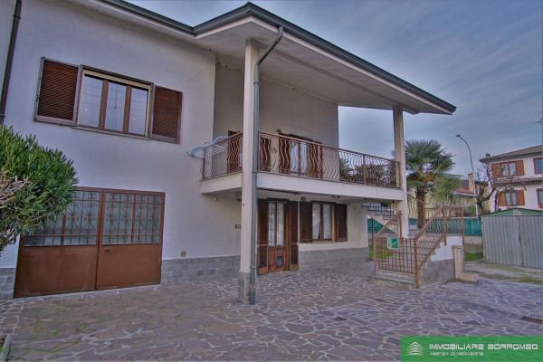 Villa in vendita a Mediglia, 4 locali, prezzo € 340.000 | Cambio Casa.it