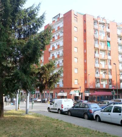Bilocale Torino Via Vittorio Asinari Di Bernezzo 1